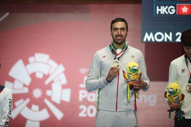 اولین مدال سابر انفرادی ایران پس از 44 سال، پاکدامن به برنز رسید
