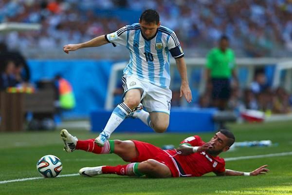 داستان بازی با آرژانتین ، واکنش های فدراسیون: عجولانه و عصبی