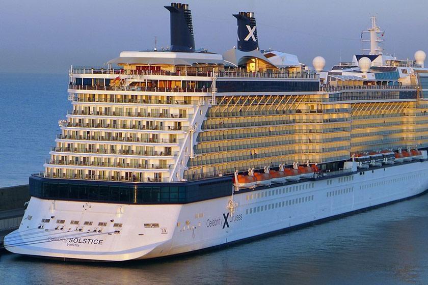 بیماری در کشتی کروز که کمپانی استرالیایی را دچار مشکل کرد