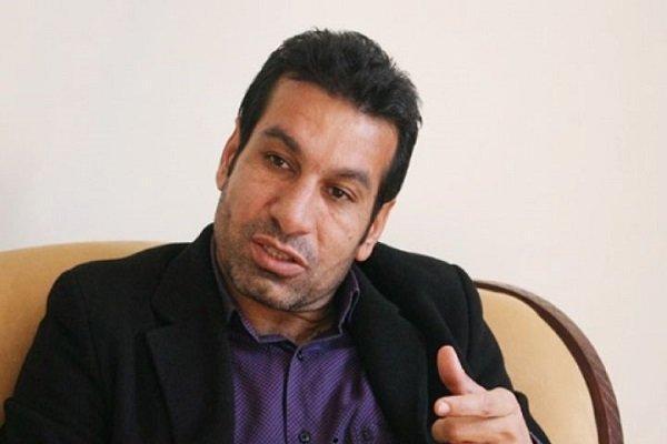 فتاحی از پرسپولیس در خلوت حمایت کند نه در سازمان لیگ و تلویزیون!