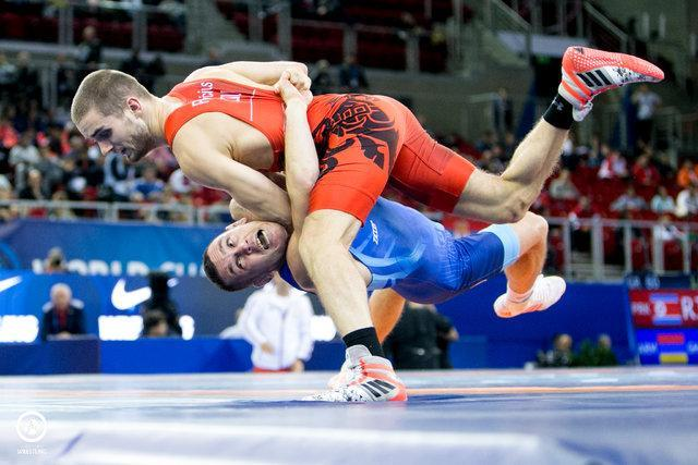 روسیه قهرمان کشتی فرنگی دنیا شد، 2 طلای تزارها در 3 وزن دوم