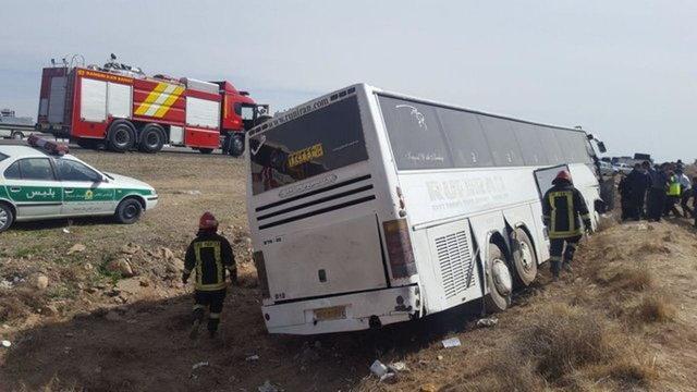 برخورد دو اتوبوس در آزادراه تهران &ndash کرج