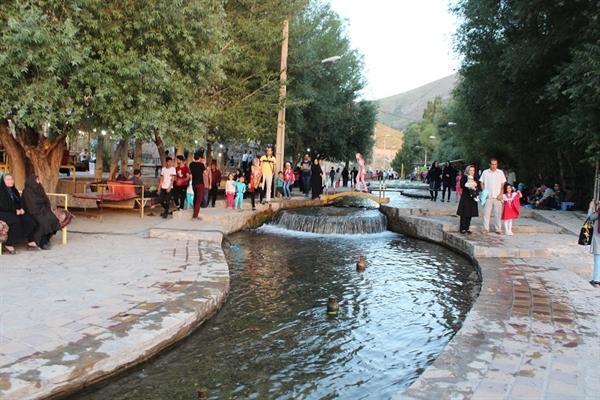 احداث دهکده گردشگری در ازناو خلخال مطالعه می گردد