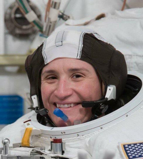 فضانورد ناسا در فضا دچار لختگی خون شده است