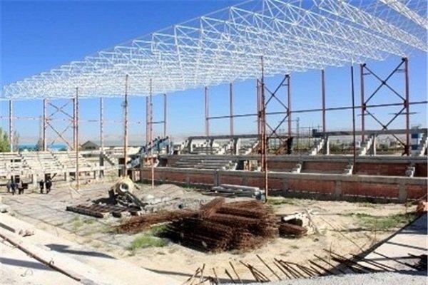 مصوبات سفرهای استانی دولت به تنگستان نیمه کاره رها شده است