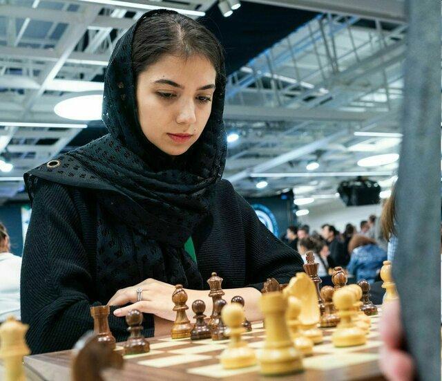 مدال نقره قهرمانی شطرنج دنیا بر گردن خادم الشریعه