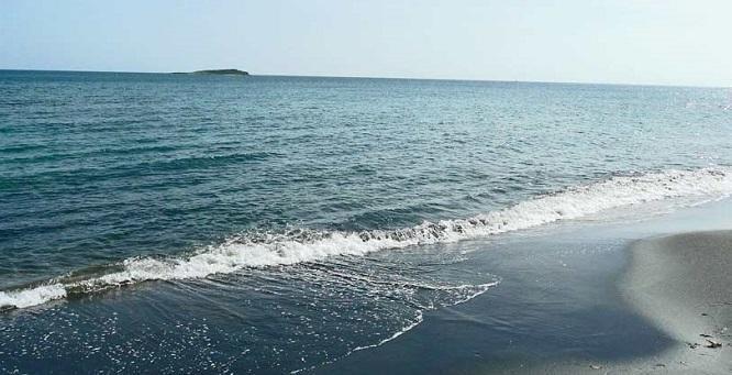 خبرنگاران گزارش می دهد؛ اما و اگرهای انتقال آب دریای خزر به کویر سمنان، کارشناسان چه می گویند؟