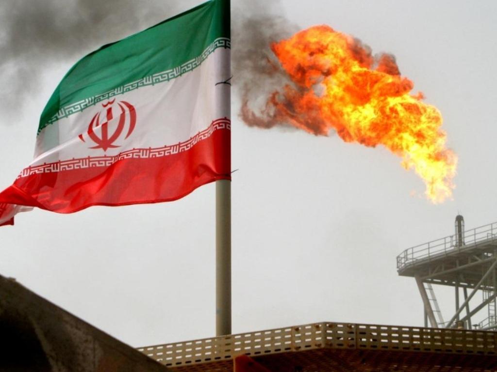واشنگتن گرفتار پرونده پیچیده قطع صادرات نفت ایران است