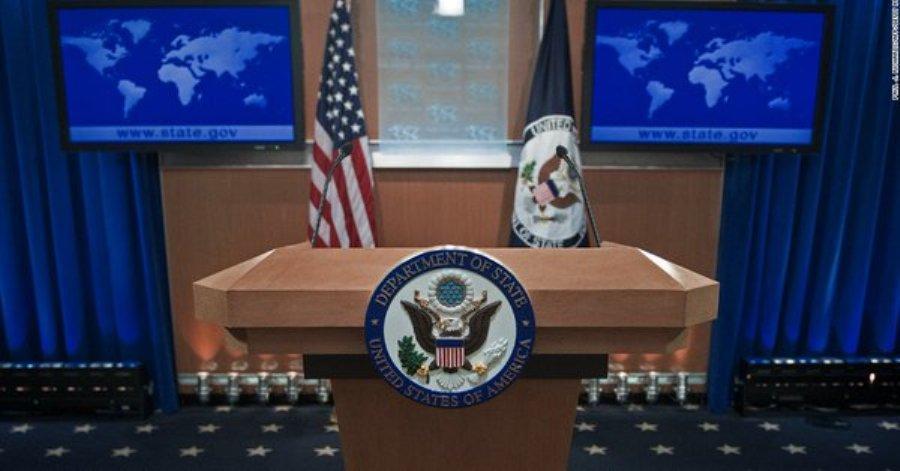 ممانعت وزارت خارجه آمریکا از حضور رسانه های غیرمتعهد در جلسه پمپئو