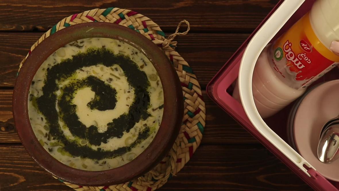 ویدئو: طرز تهیه آش دوغ با دوغ سون