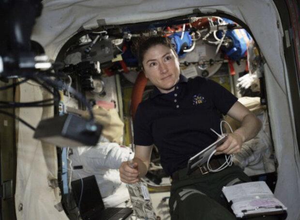 یک فضانورد زن رکورد دار اقامت در فضا می گردد