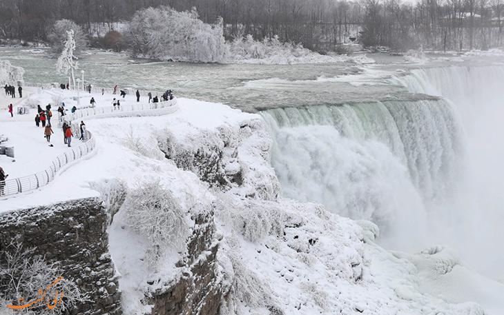 آبشار نیاگارا کانادا یخ زد! تصاویری نفس گیر از آبشار نیاگارا در زمستان