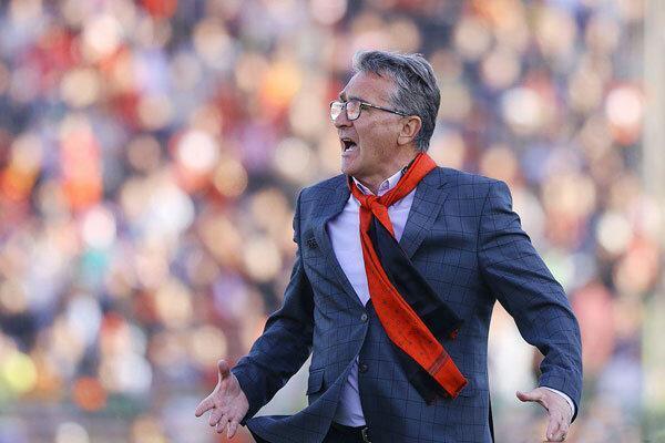 تصمیم برانکو برای ترک ورزشگاه و فشار سازمان لیگ به ماندن پرسپولیس