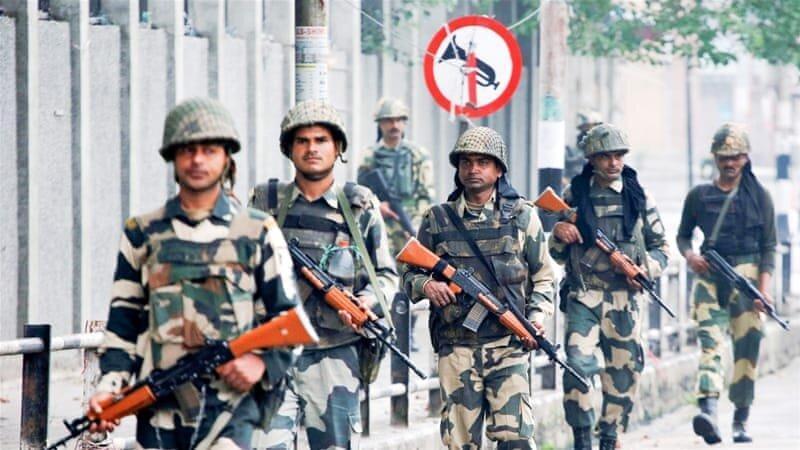 دهلی نو خودمختاری قانونی کشمیر هند را لغو می نماید