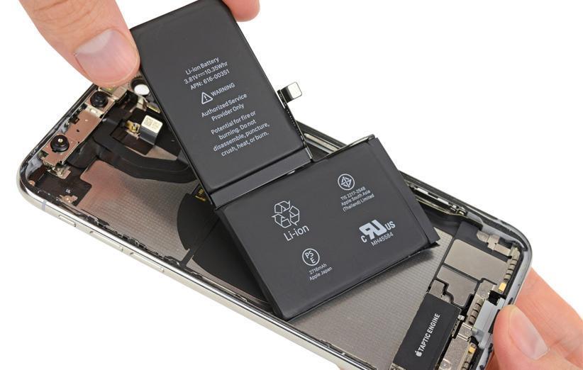 اپل به اتفاقات اخیر پیرامون تعویض باتری آیفون X واکنش نشان داد