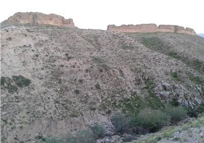 مرمت بزرگ ترین قلعه شیاخ ایلام شروع شد