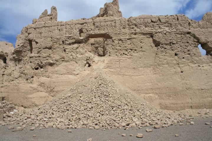 نارین قلعه در شهرستان نایین مرمت می شود