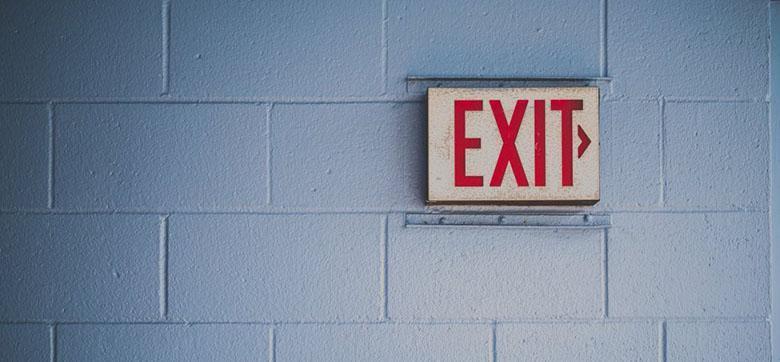 چرا مردم کارشان را رها می نمایند؟ تحقیقات جدید در 4 کلمه دلیل آن را می گوید