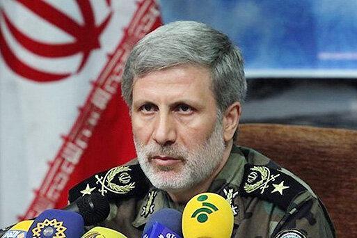 وزیر دفاع: امنیت عراق را امنیت خود می دانیم