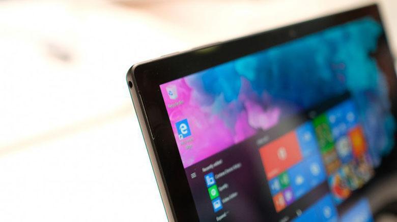 مایکروسافت در سودای ساخت سرفیس دو نمایشگره با لولاهایی پیچیده از جنس مایع است