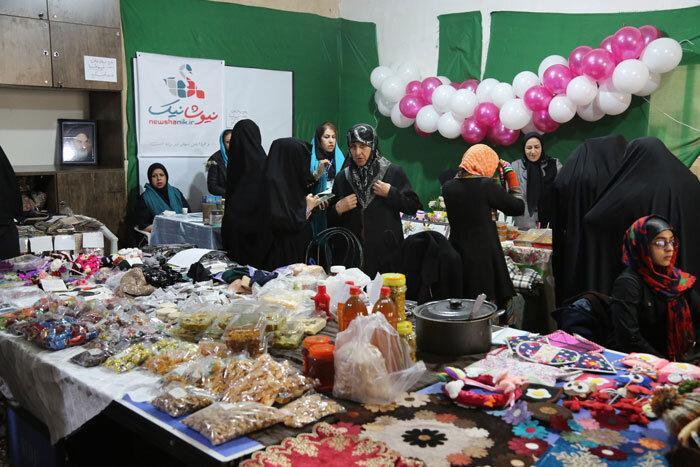 راه اندازی بازارچه خیریه تبسم در گالری مهر هنر