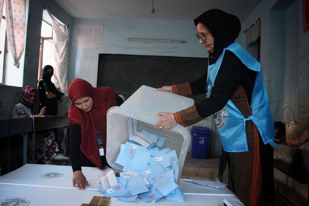 دو میلیون نفر در انتخابات ریاست جمهوری افغانستان رای دادند