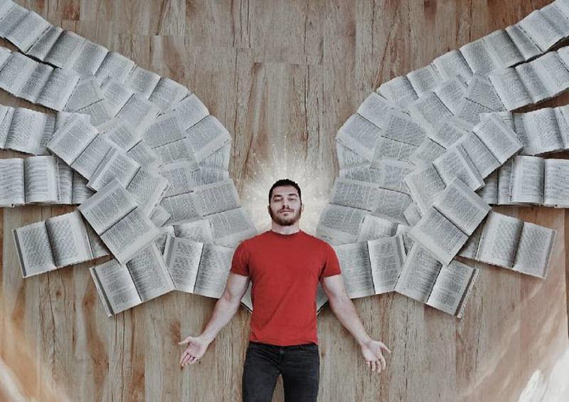جیمز تروینو، کسی که در اینستاگرام با کتاب های کتابخانه اش عشق بازی می نماید!