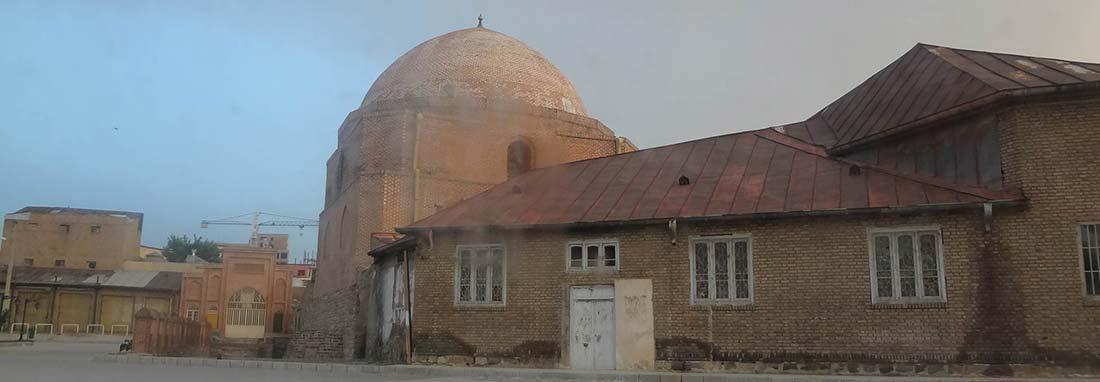 حدس درباره لایه زیرین مسجد جامع ارومیه ، گنبد خانه مسجد بنای اولیه مسجد نیست