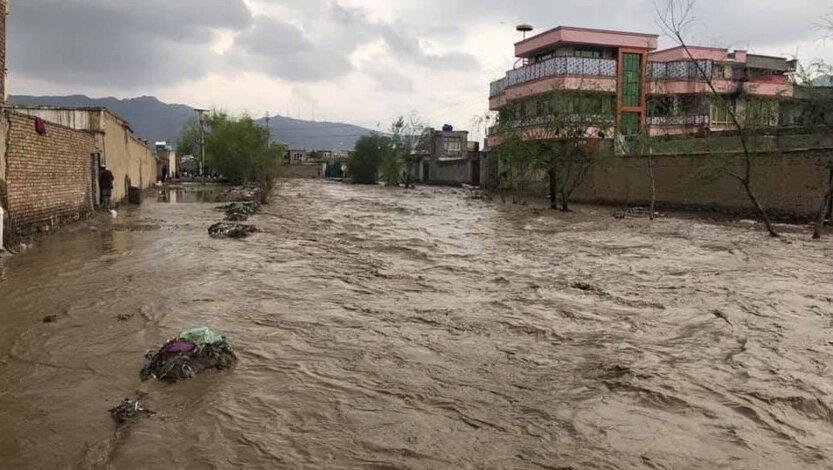 سیل و آب گرفتگی در 5 استان ، جان باختن یک نفر در سیلاب