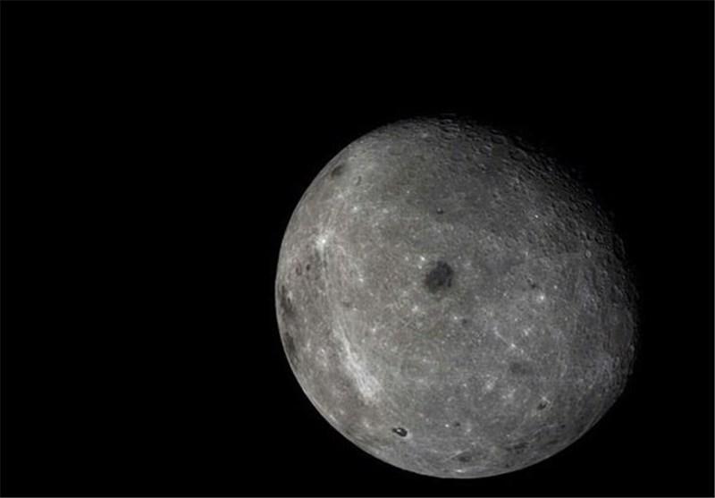 پرتره ای خارق العاده از همنشینی ماه و زمین