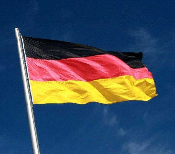 دولت آلمان پیش بینی خود از رشد مالی این کشور را بهبود داد