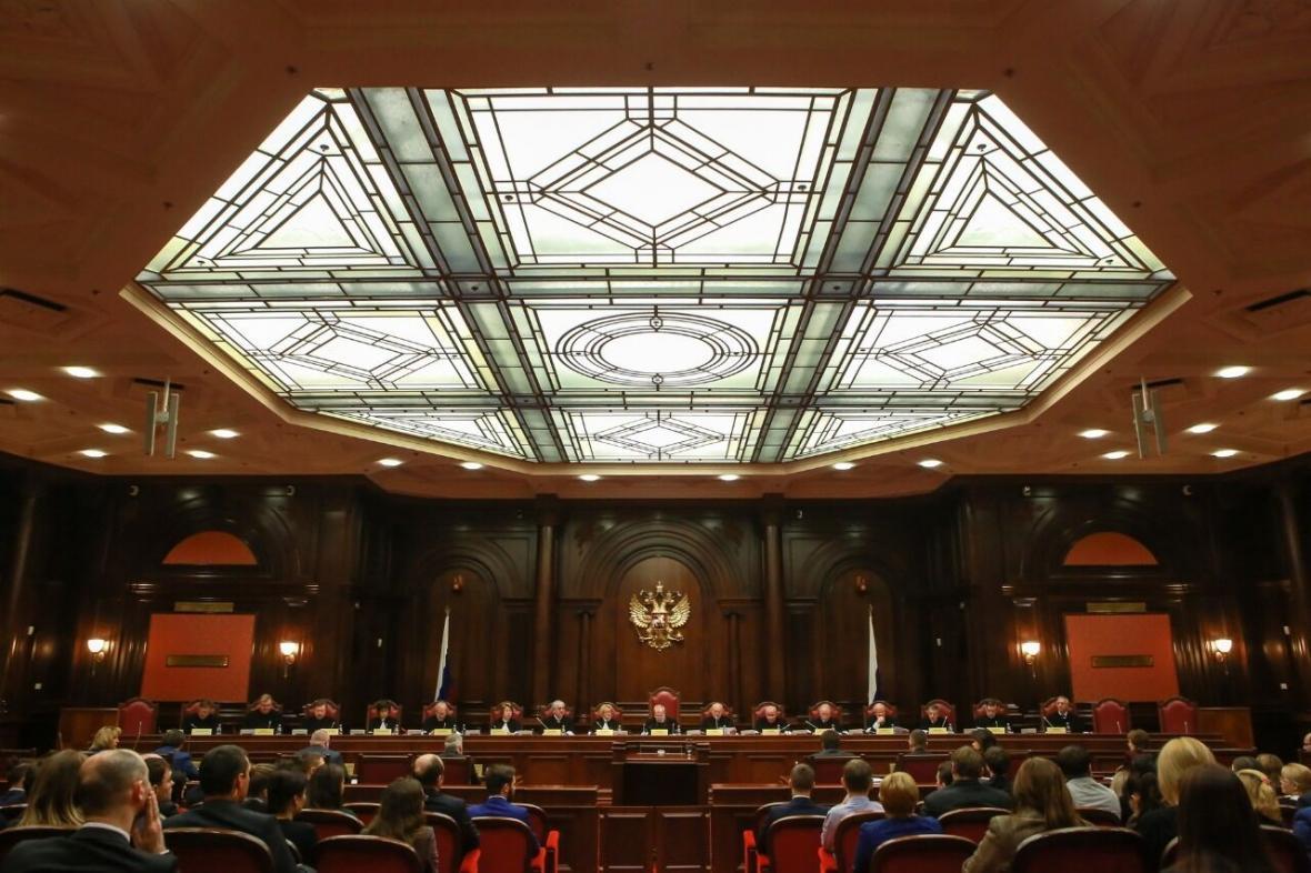 خبرنگاران دادگاه قانون اساسی روسیه امکان ماندن پوتین در قدرت را پذیرفت