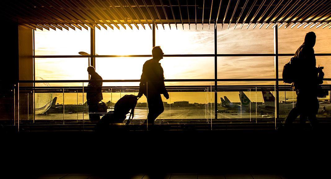 چه زمانی سفرهای تجاری از سر گرفته می شوند؟