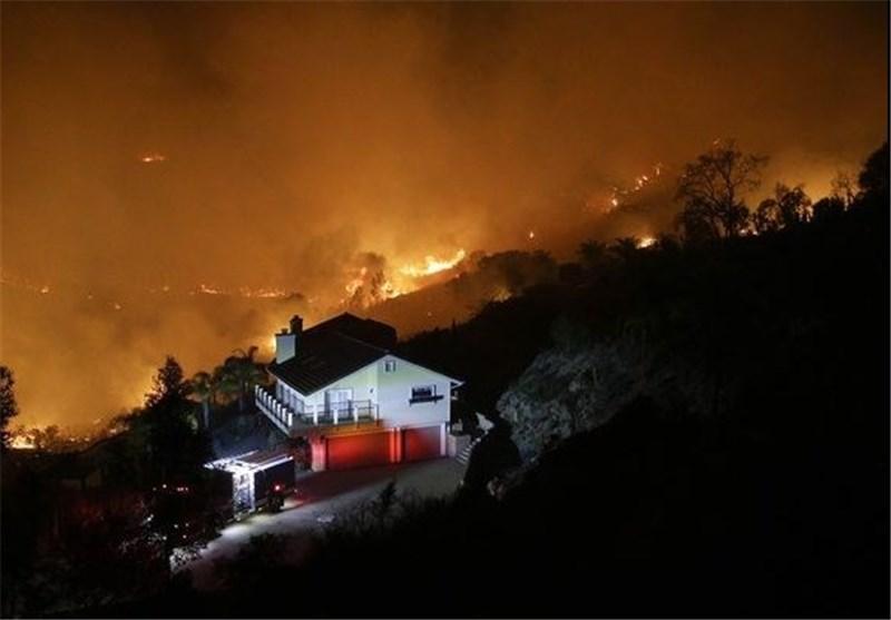 تخلیه 125 هزار نفر درپی آتش سوزی گسترده در کالیفرنیا