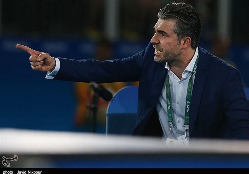 بی باک: بودجه چند فدراسیون را به یک مربی خارجی فوتبال دادند اما قهرمان آسیا هم نشدیم، خبری از درِ باغ سبز در اروپا نیست