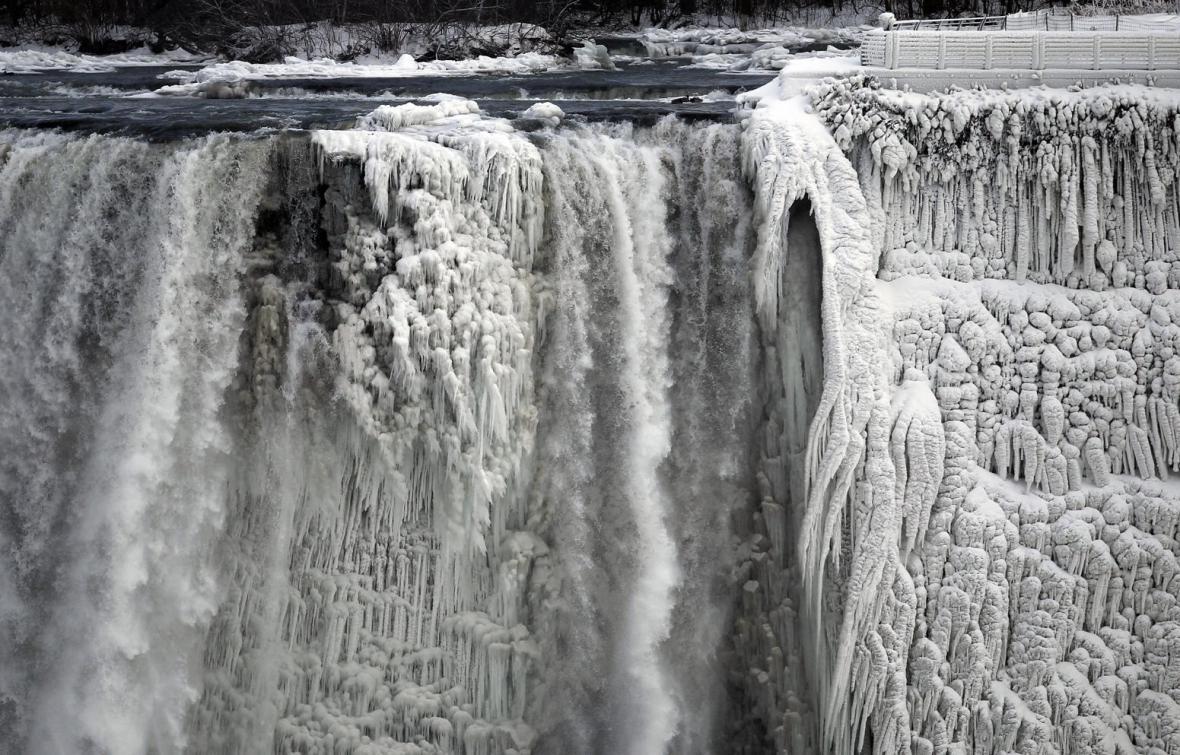 مقاله: تاریخچه و جغرافیای آبشار نیاگارا کانادا