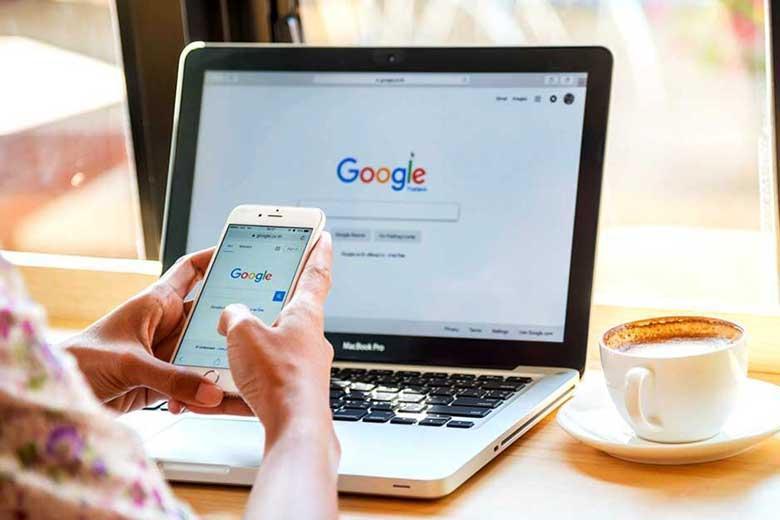 چگونه تاریخچه فعالیت های خود را در گوگل ببینیم و حذف کنیم؟