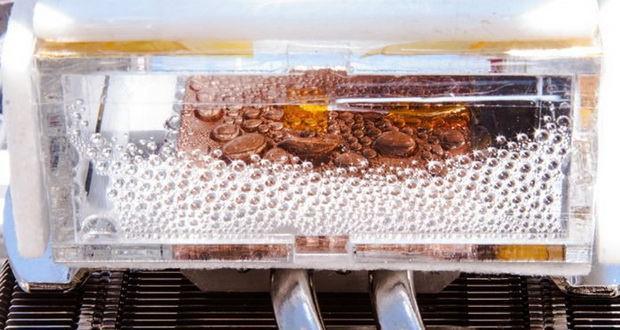 استخراج آب آشامیدنی از هوای خشک