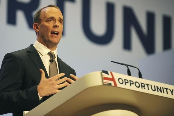 انگلیس: ناتو از آزادی بیان حمایت کند!