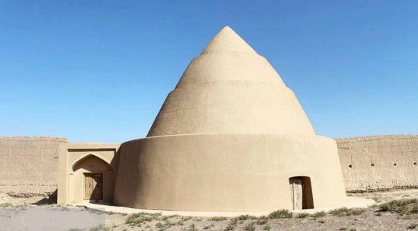 یخچال های تاریخی نائین نمادی از غلبه مردمان کویر بر سختی های طبیعت