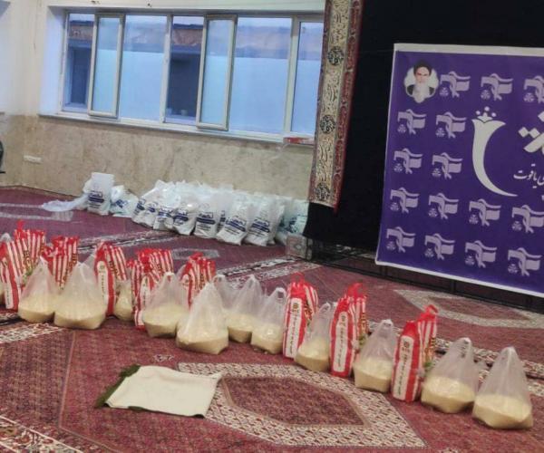 جهادگران دانشگاه صنعتی همدان 118 بسته معیشتی بین نیازمندان توزیع کردند