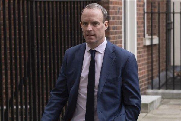 انتقاد تند وزیر خارجه انگلیس از رفتار روسیه در نشست ناتو